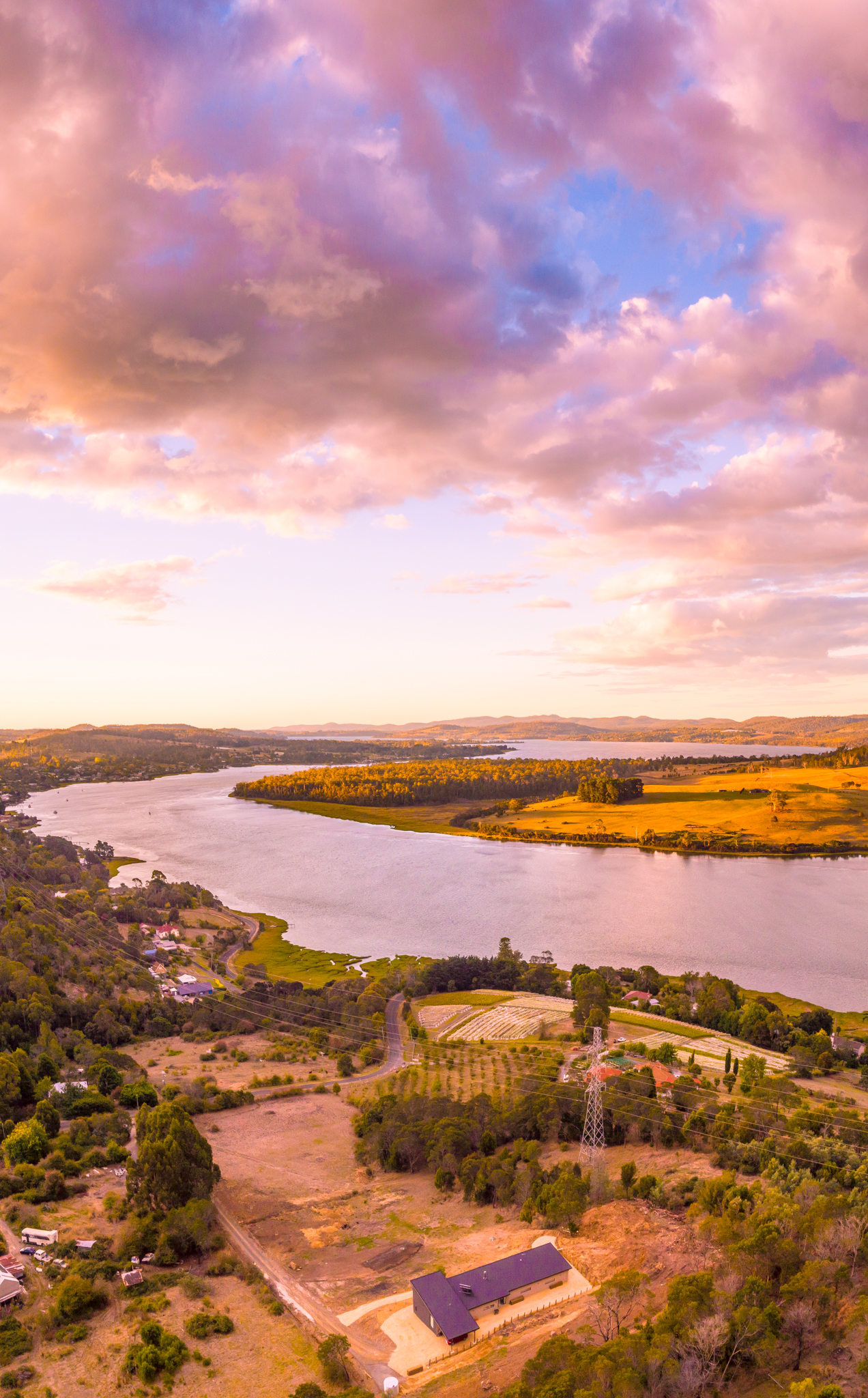 Brady's Lookout - 15 minutes from Launceston in the Tamar Valley