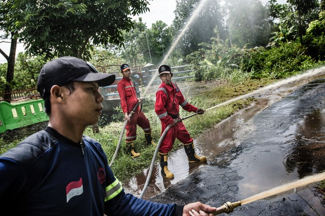 Fire-fighter training -