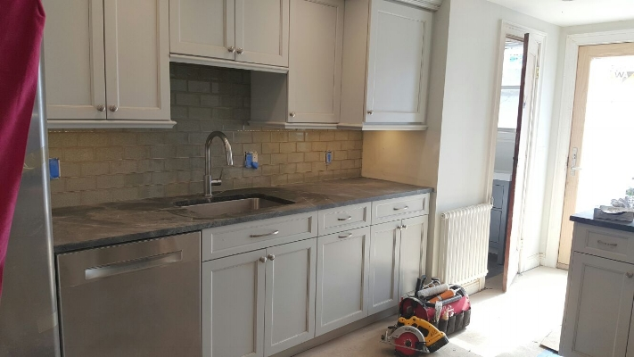 Kitchen Renovation - Countertop installation