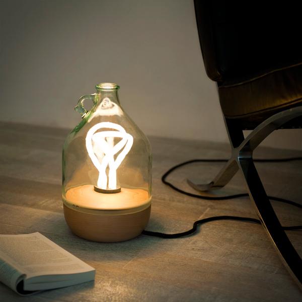 Dama Lamp by Tom Allen.