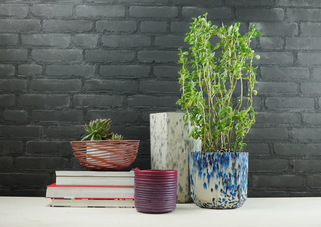 upcycled-plastic-products-vases-design