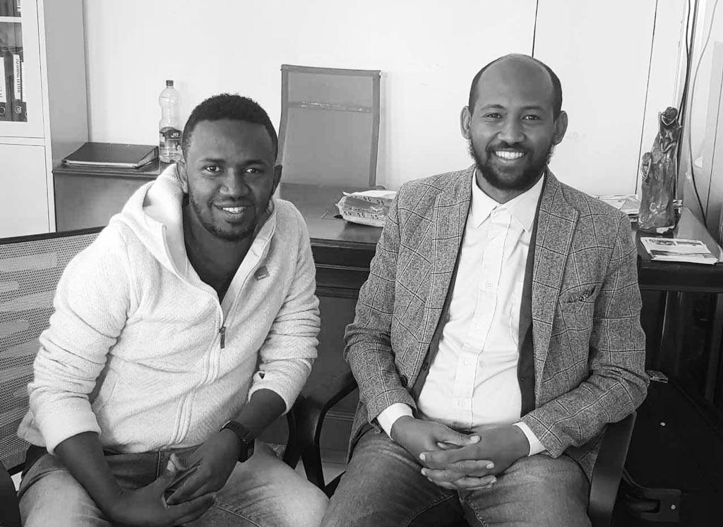 Ephrem Bekele (r), with Erk Mead Co-Founder Endalk Assefa (l).