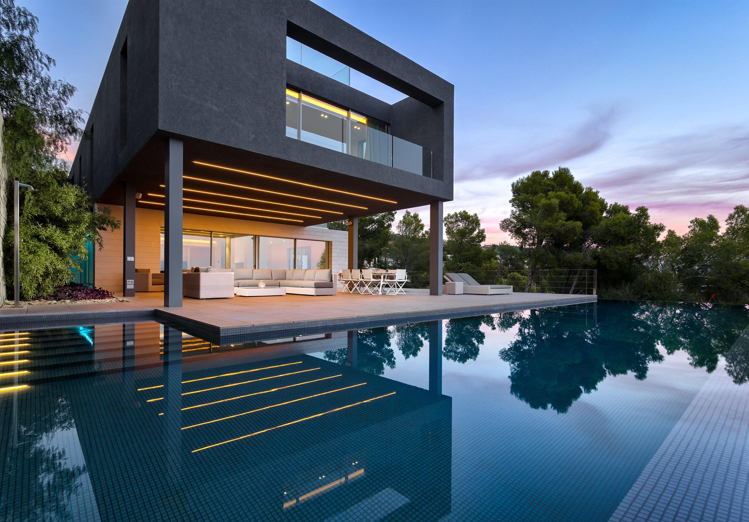 Architectural Villa, 2018
