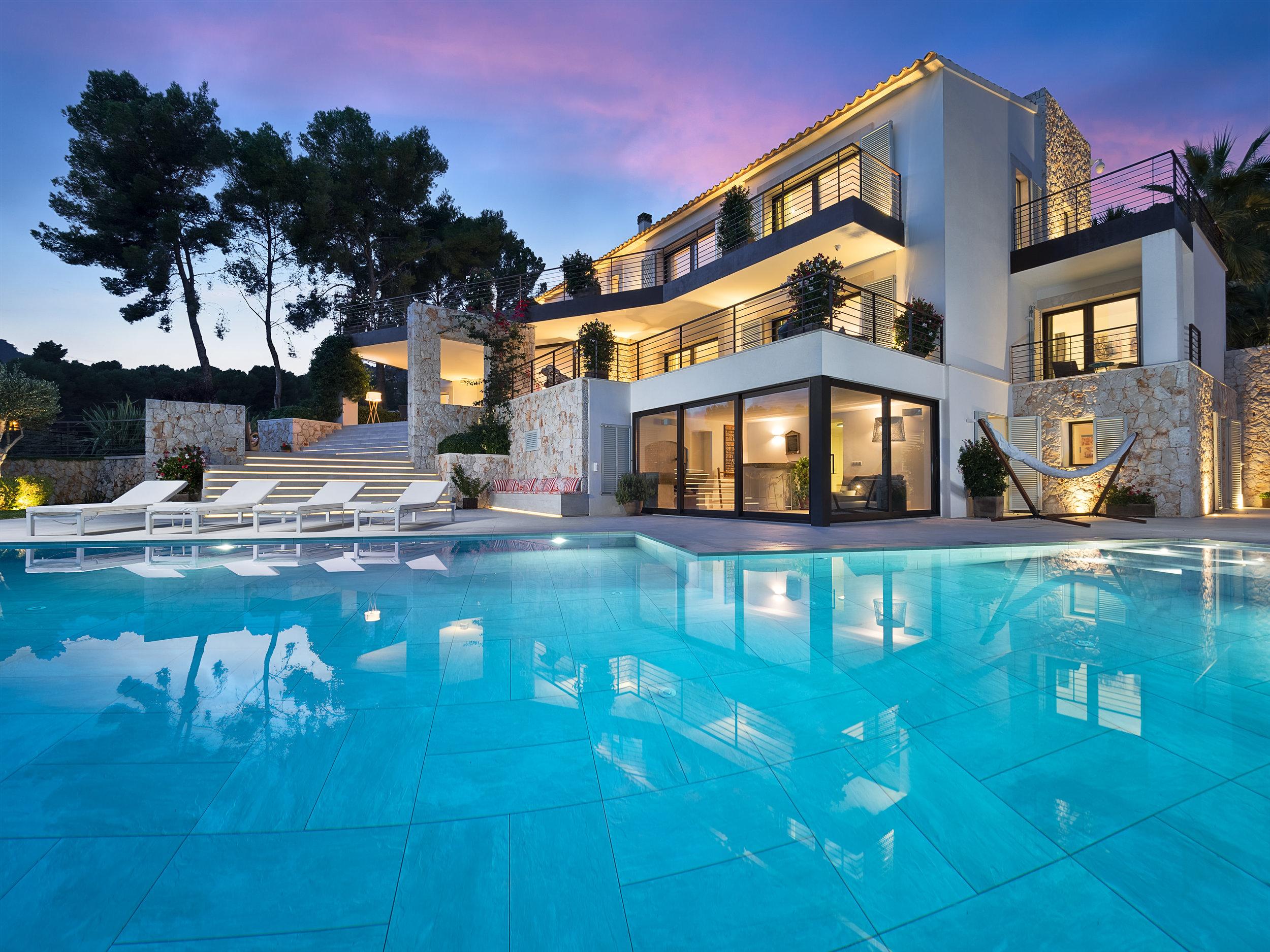 Marvellous Villa I, 2018
