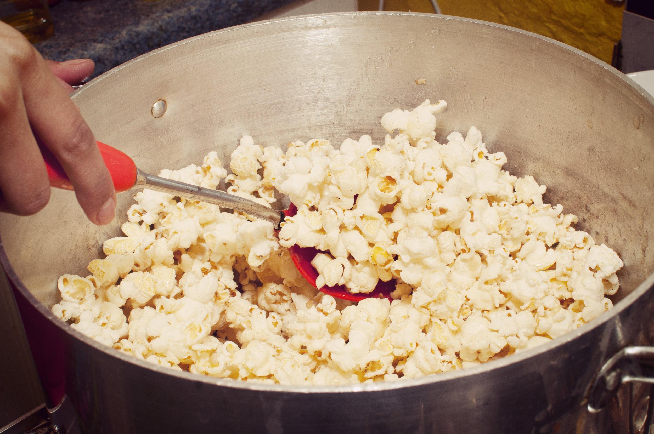 noisyeater_popcorn06