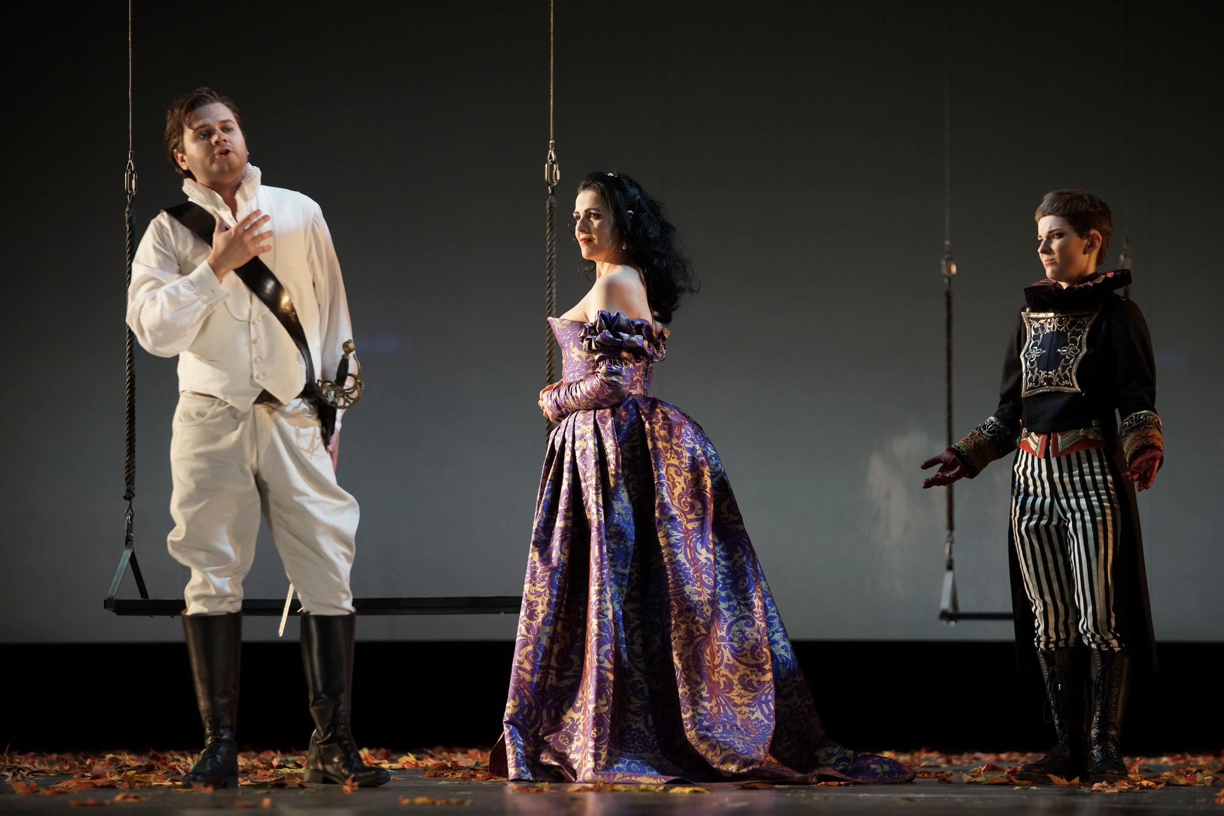 "Urbain in ""Les Huguenots"", Oper Kiel 2016/17, ML: Daniel Carlberg, R: Lukas Hemleb, © Olaf Struck"