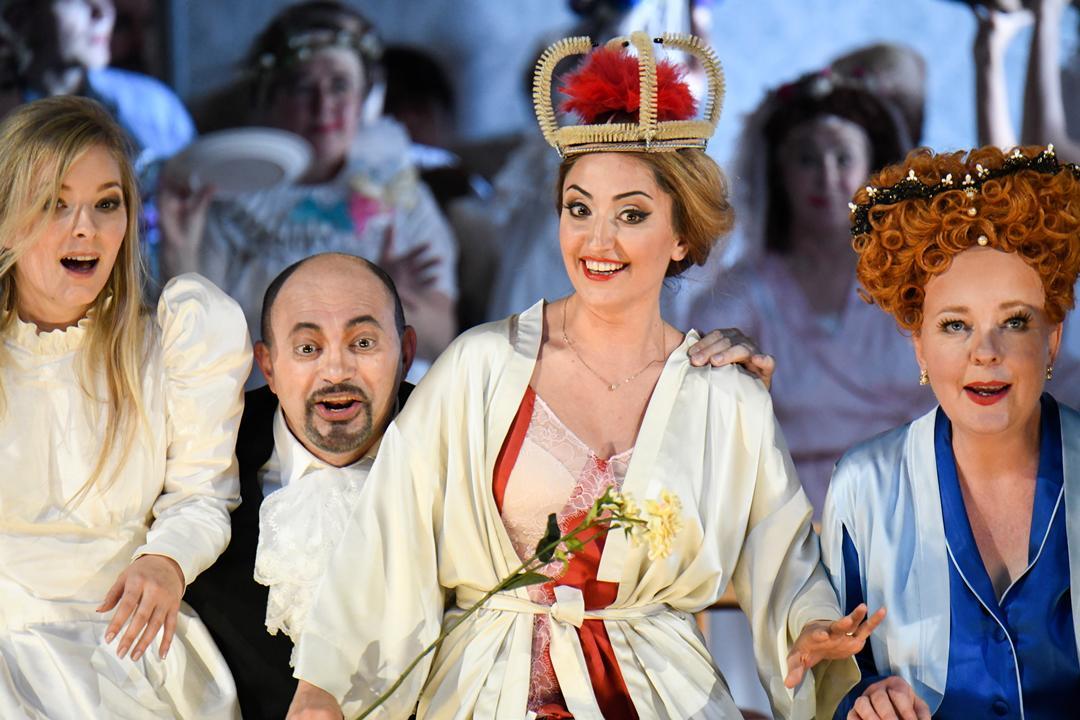 """Nannetta in """"Falstaff"""", Staatstheater Kassel 2018/19, ML: Francesco Angelico, R: Adriana Altaras, © N. Klinger"""