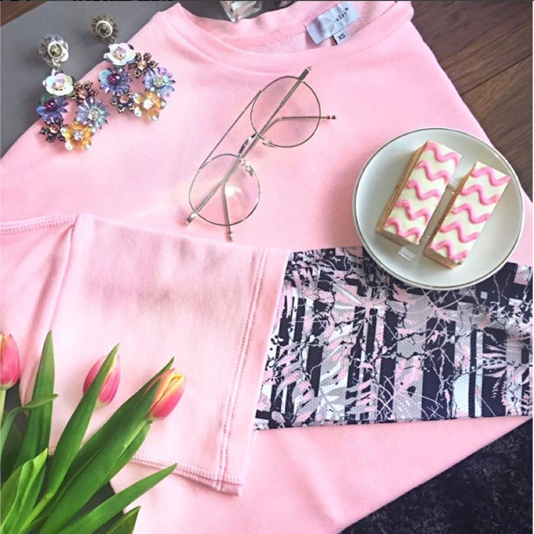 #pink  #trending  #fashion  #loungewear  #casual  #sustainable  #greenplanet  #organic  #healthy  #lifestyle  #fitness  #fitgirls  #fitnessmotivation  #gym  #activewear  #modest  #global  #international  #designstudio