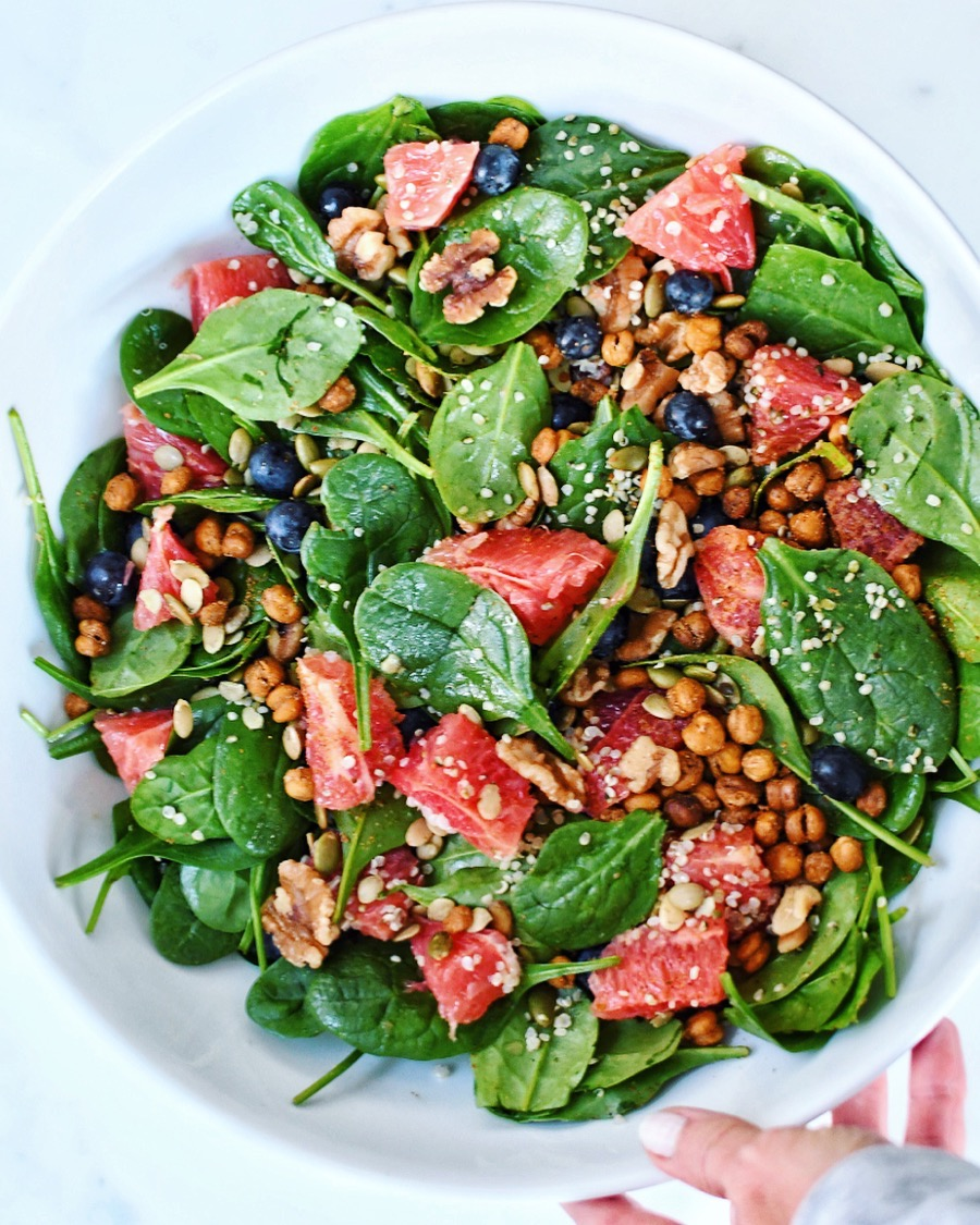Superfood Spinach & Citrus Salad, photo credit @terianncarty