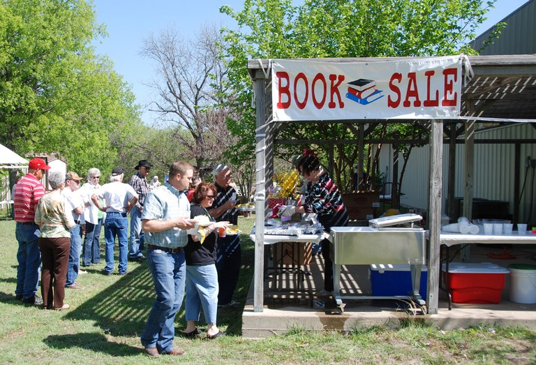 BBQ & Books - Check out a selection of some of the best reads in Student Affairs/Services. You will have a chance to browse and purchase your favorites and possibly get your book signed by our very own Donna Hardy Cox on the Rosaria Terrace, May 22nd 12-1:30pm.