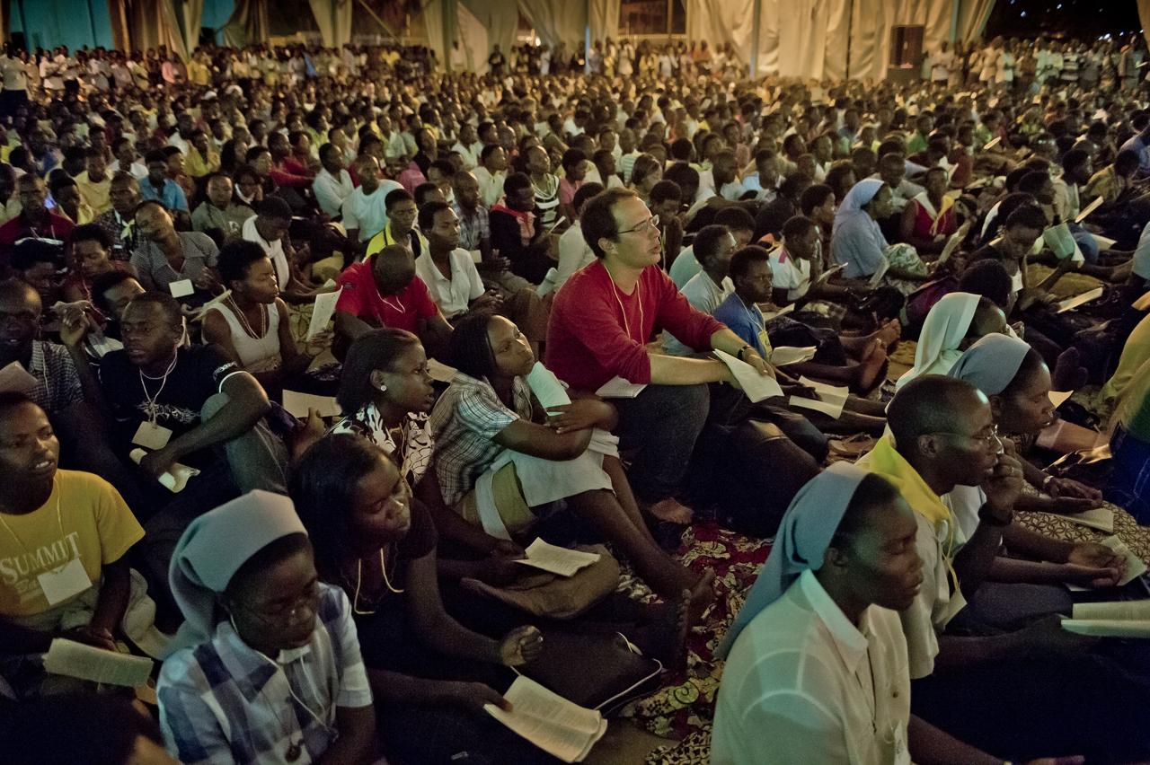 Taize Kigali020.jpg