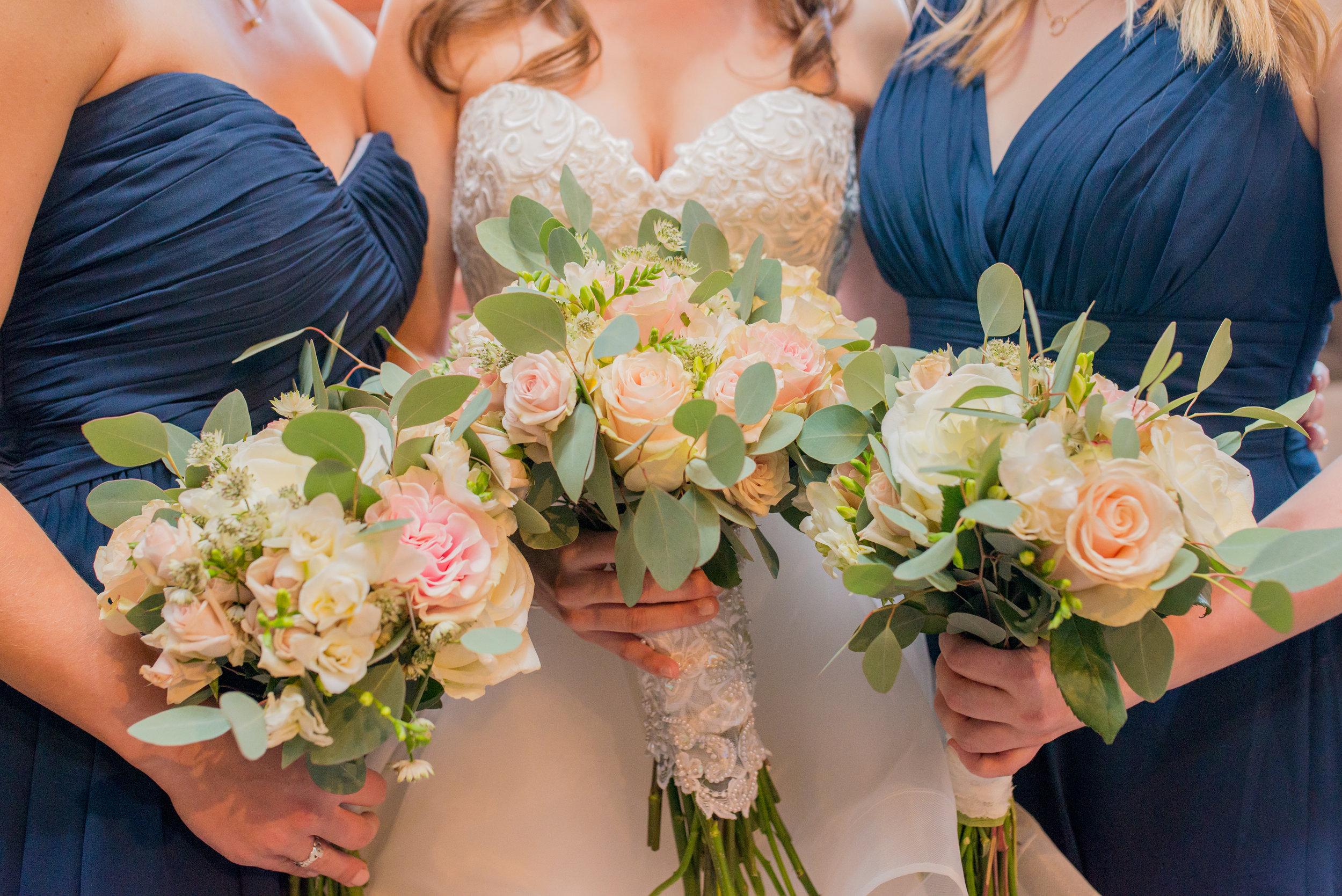 bridal party pinks whites.jpg