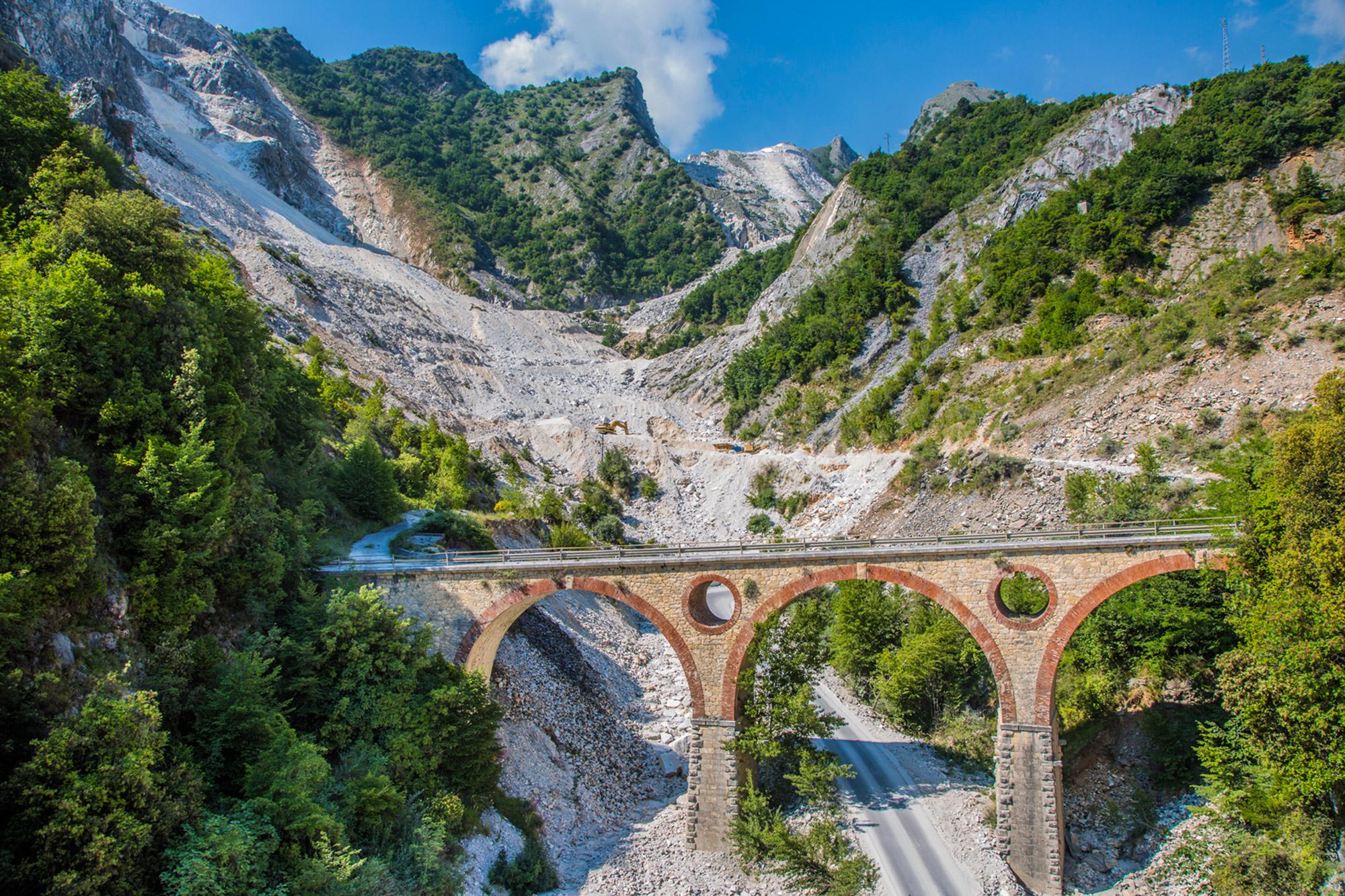 Carrara-Fantiscritti-Ponte-di-Varo-Tuscany-Study-1.jpg