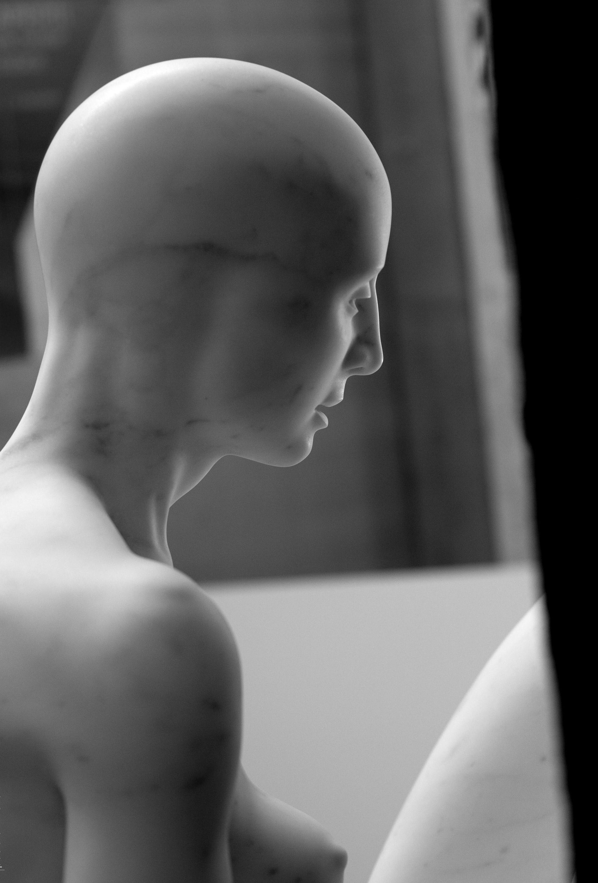 Alessandro-Lombardo-Figurative-Marble-Sculpture-4.jpg