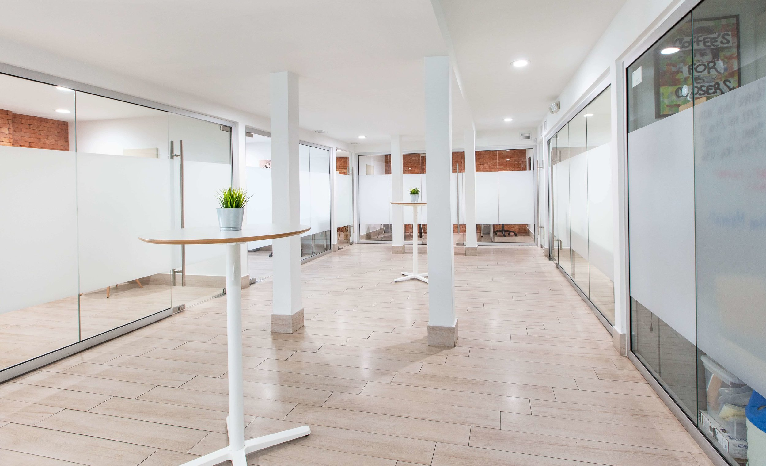 Stand-up meeting areas.Ideal when need to have a quick phone call.