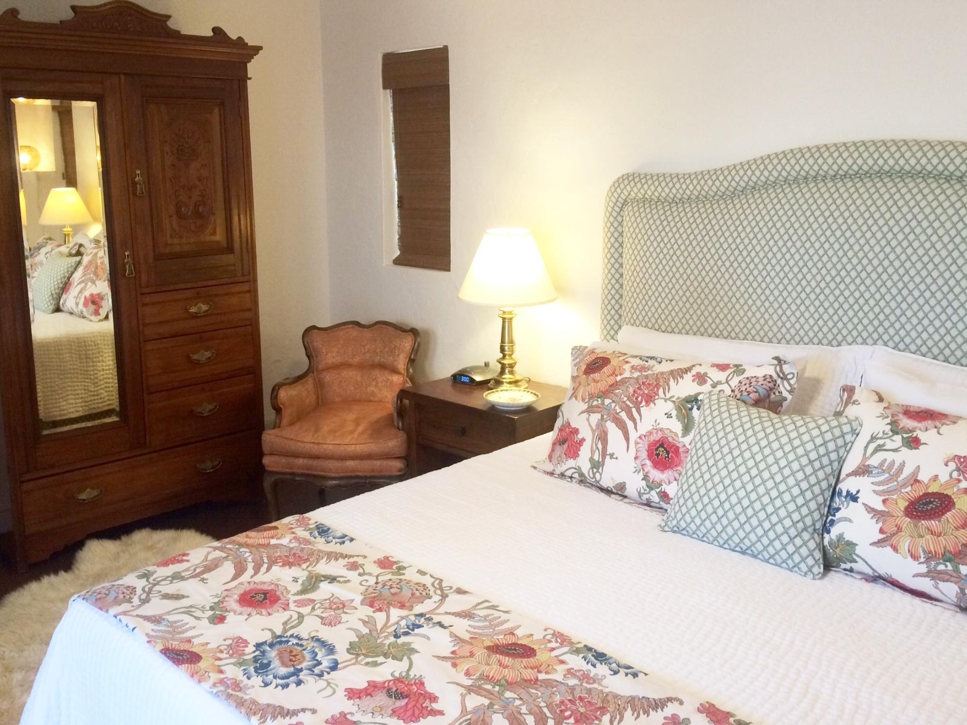 The Boungainvilla Suite La Casa Catalina