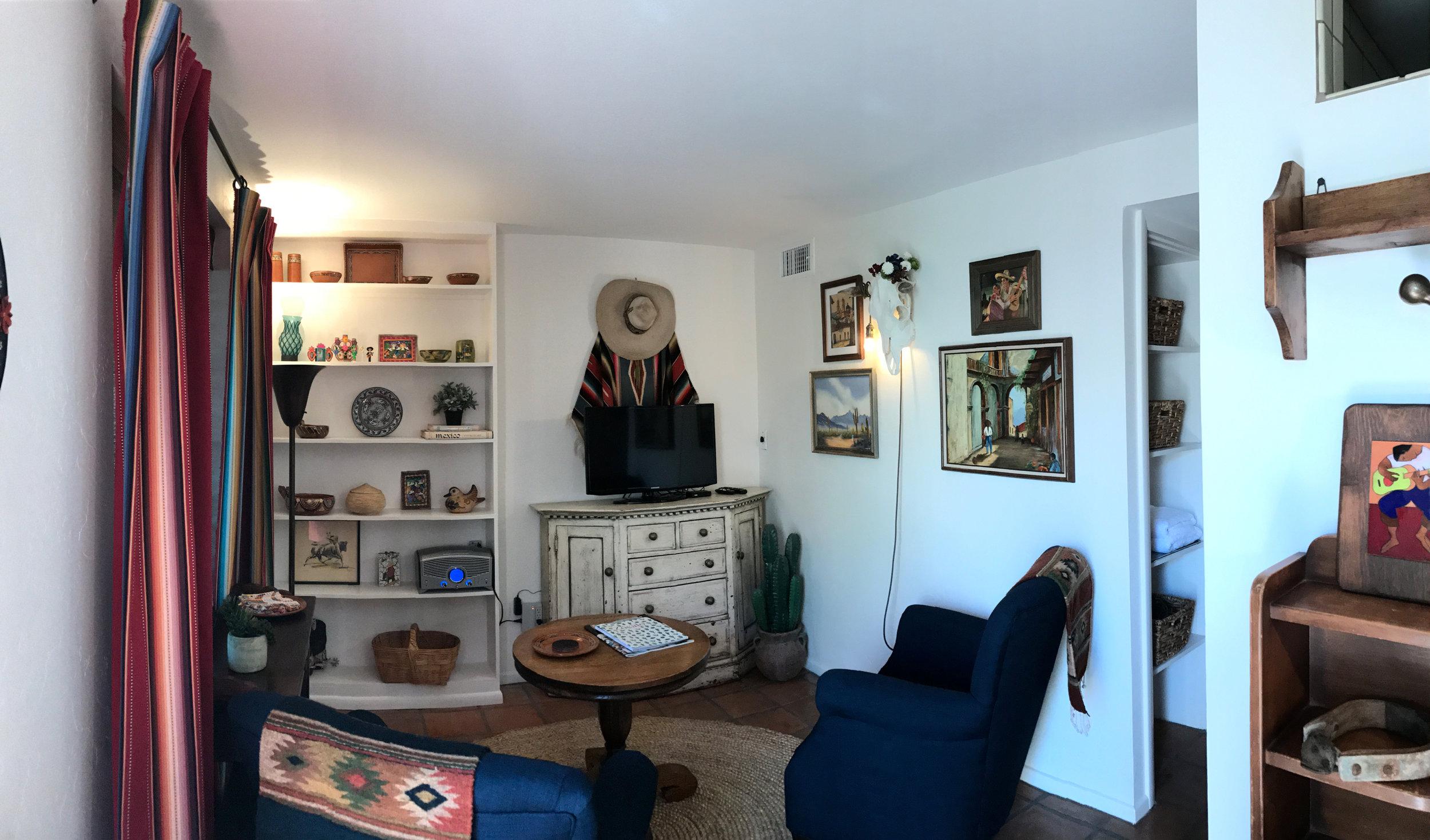 La Casa Catalina Cozy Agave Suite 3.JPG