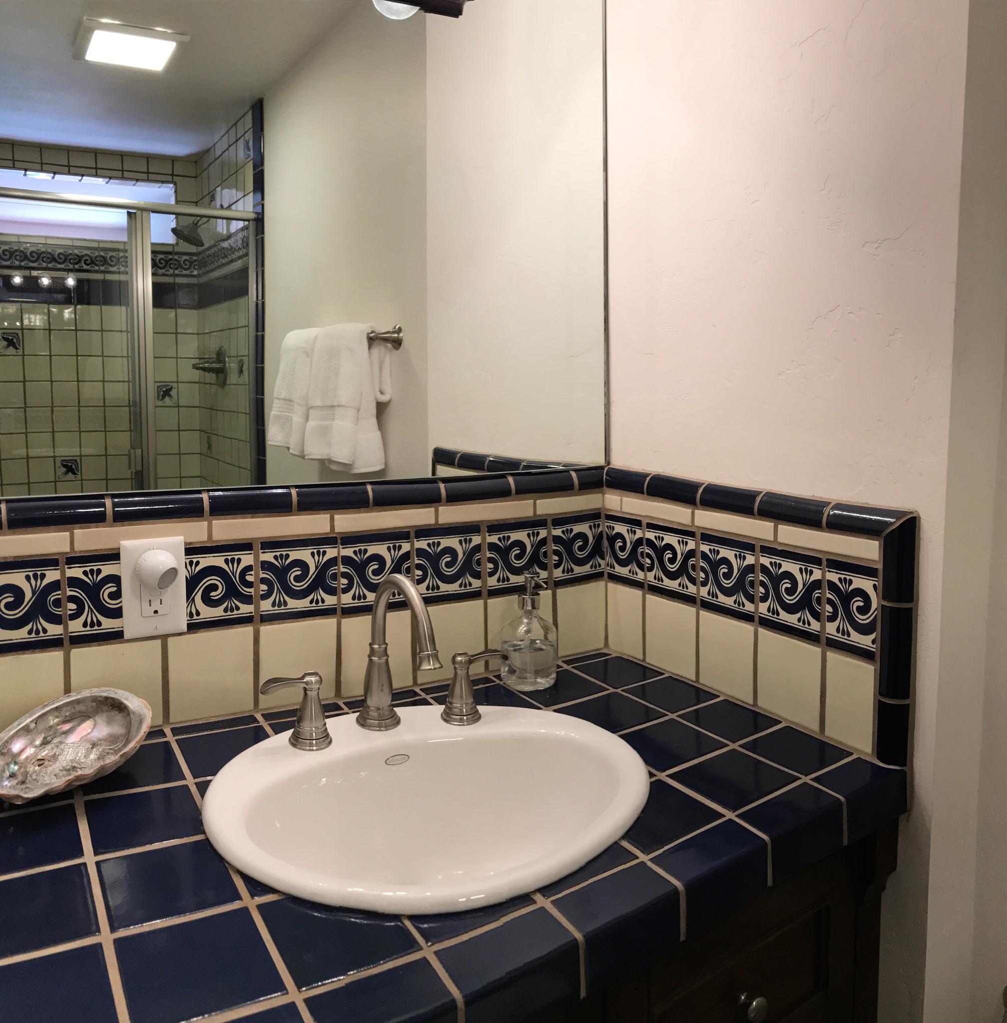 La Casa Catalina Cozy Agave Suite 6.JPG