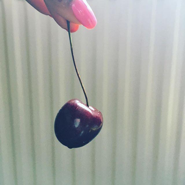 Cherry season fam. 💅🏾🍒
