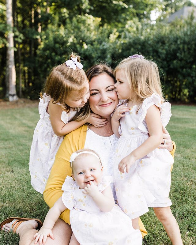 A mama and her girls 😍🥰 this sweetness just melts me into a puddle. . . . . . . . . . . . #ncphotographer #goldenlight #familygoals #ncengagementphotographer #charlottephotographer #charlotteweddingphotographer #ncfamilyphotographer #charlottefamilyphotographer #instagood #chasinglight #goldenhourphotography #704photographer #babecharlotte #babetowncollective #inspiredbythis #persuepretty #candidfamily