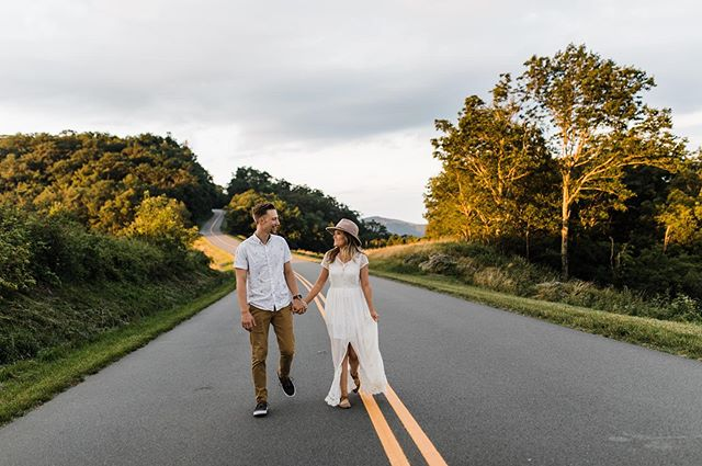 I feel so lucky I'm close to the mountains and beaches (well close-ish🤣) in NC!  The mountains is a much quicker drive and just a short hour and 1/2 away! I love love shooting in blowing rock and would love to book more sessions there 😍🥰 . . Also this gorgeous and sweet couple have recently started their own photography journey and their work is so good !! Go give them a follow @parkerstone.co . . . . . . . . . #ncweddingphotographer #ncengagementphotographer #cltphotographer #charlottelately #persuepretty #inspiredbythis #babetown #chasinglight #sheislight #sheisfierce #thehappynow #lookslikefilm #darlingweekends #loveandwildhearts #loveandlight #shotwithlove #justgoshoot #blowingrocknc #happyheart #mountainviews #wildhairandhappyhearts #shootandshare #radcouples