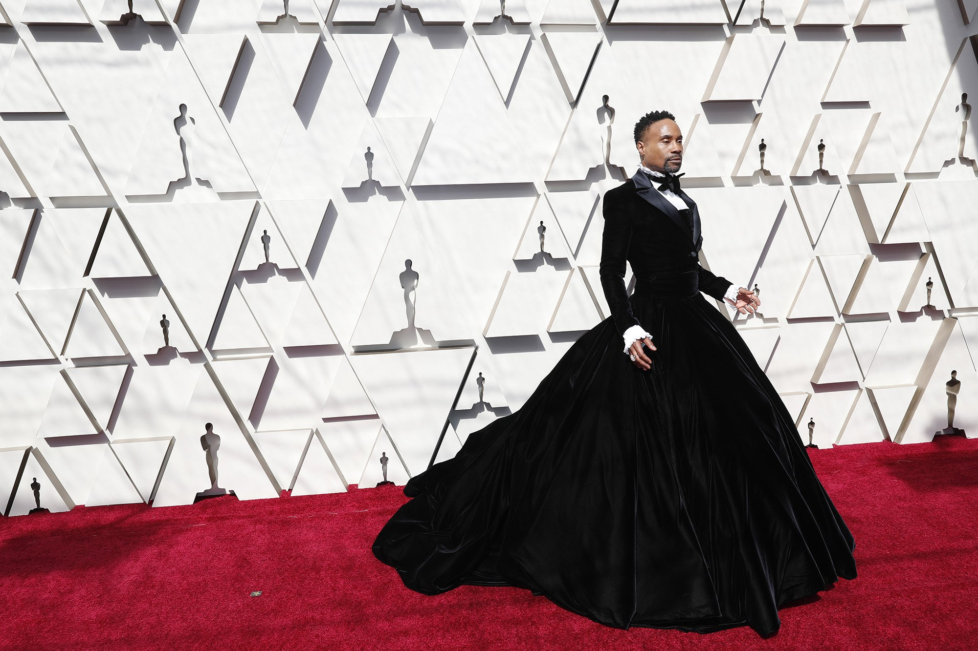 Amalgamation of Billy Porter at the Oscars Red Carpet 2019 / Getty Images