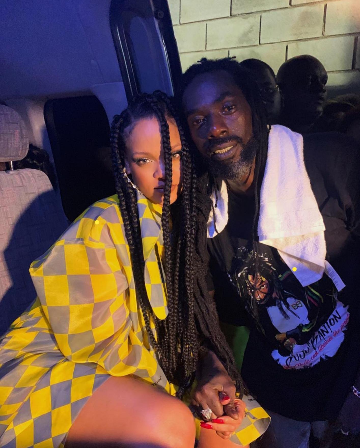 Buju Banton and Rihanna recently posing in a photo at his Concert in Barbados /@badgalriri Instagram