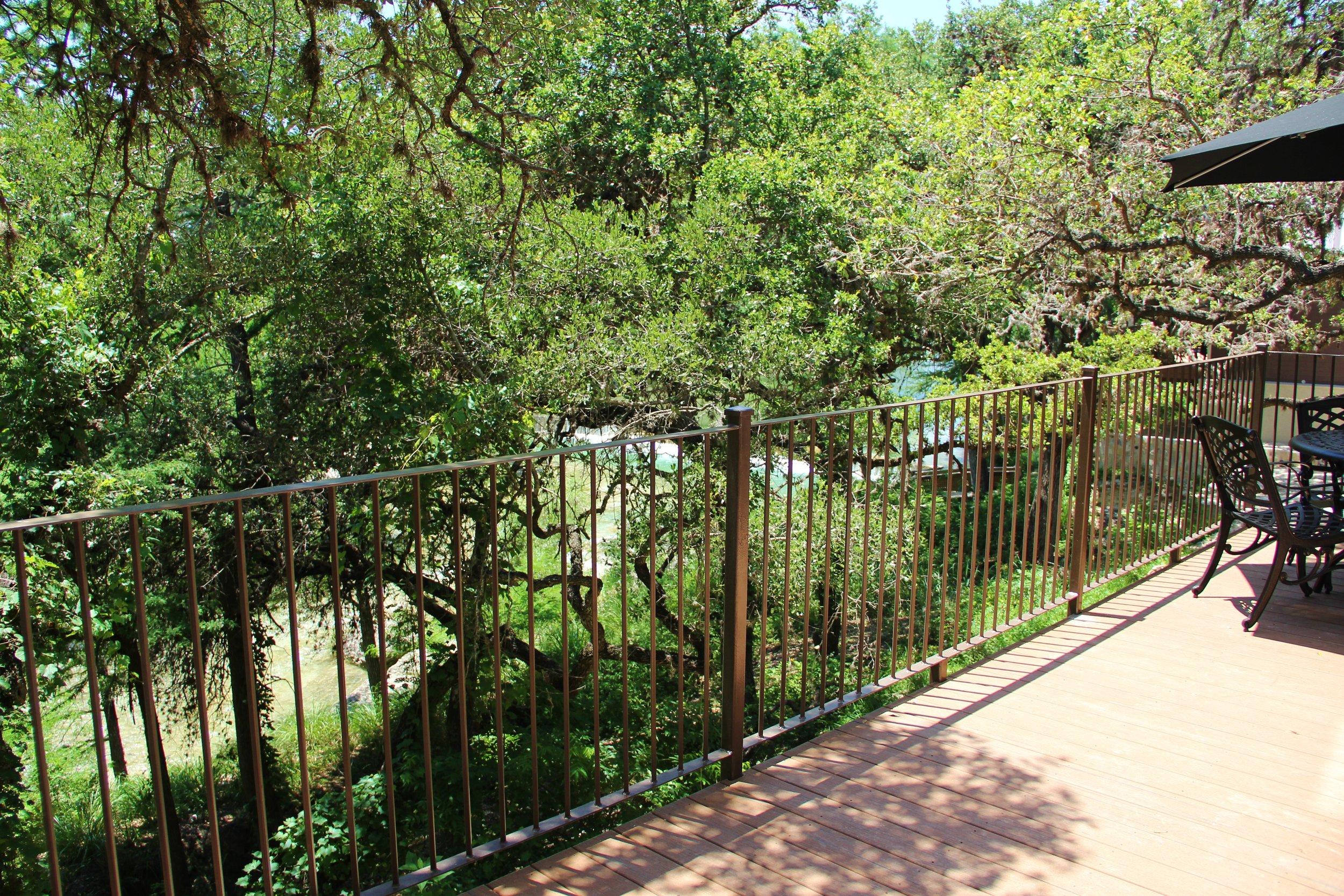 Llano Cabin - Private Balcony