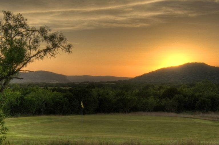 concan-golf.jpg
