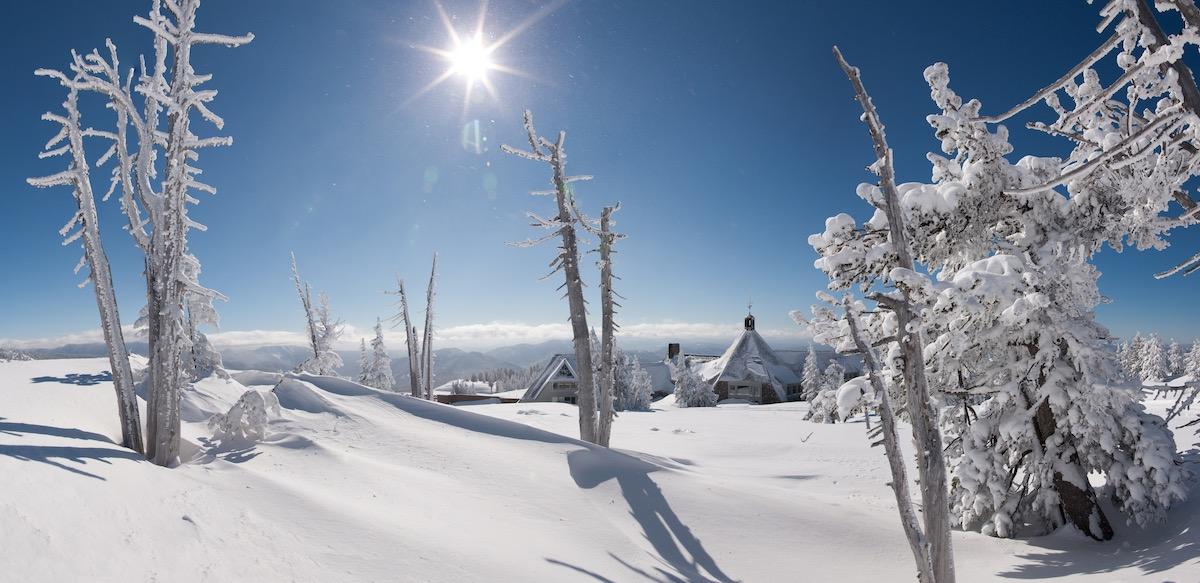 exterior_winter.jpg