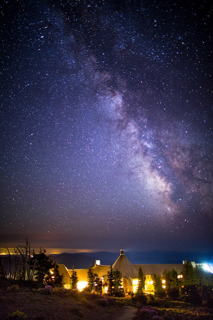 Stars_over_Timberline.jpg