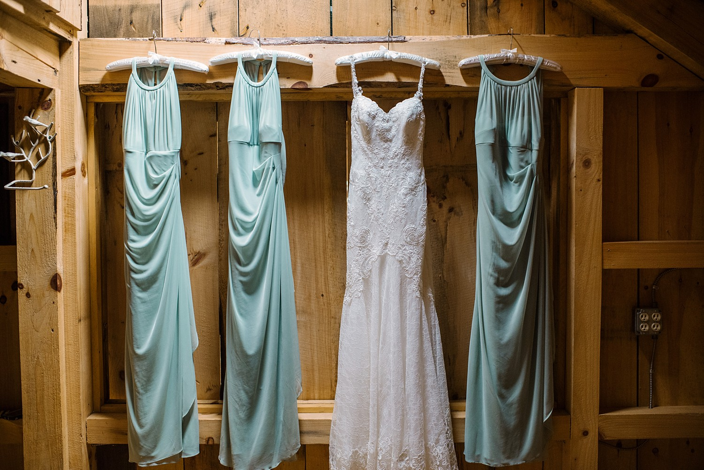 Mohican-Grand-Barn-Wedding_0004.jpg