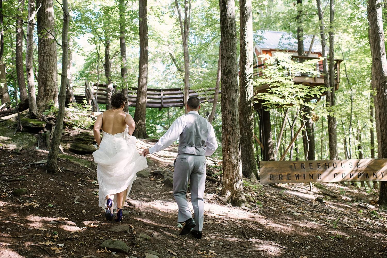 Mohican-Grand-Barn-Wedding_0033.jpg