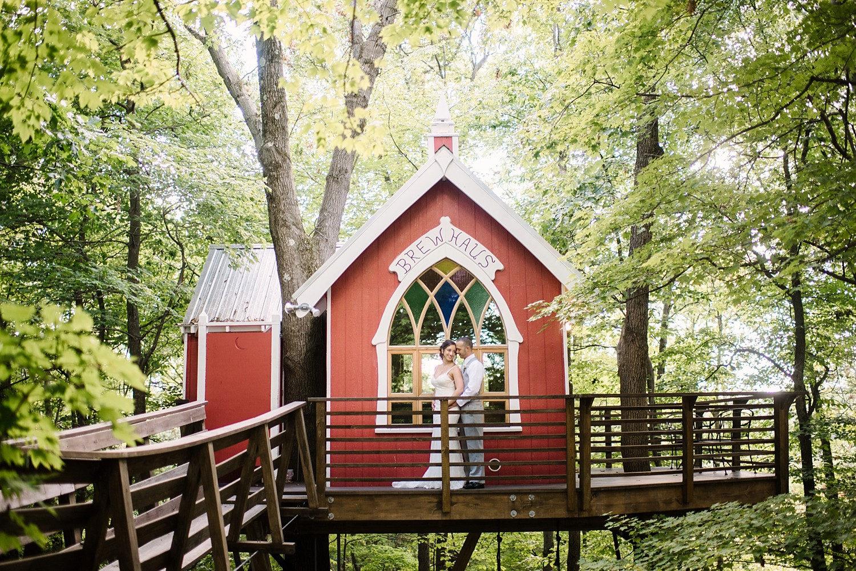 Mohican-Grand-Barn-Wedding_0038.jpg