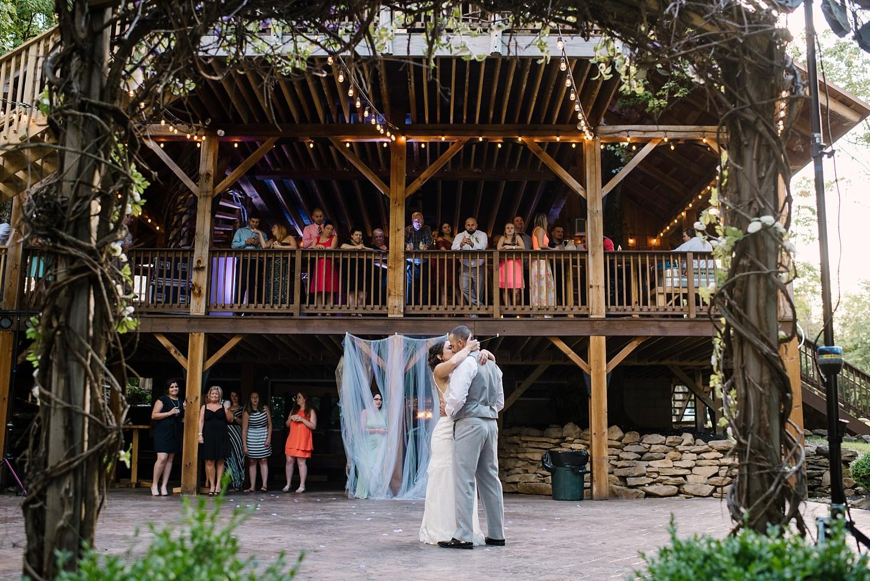 Mohican-Grand-Barn-Wedding_0061.jpg