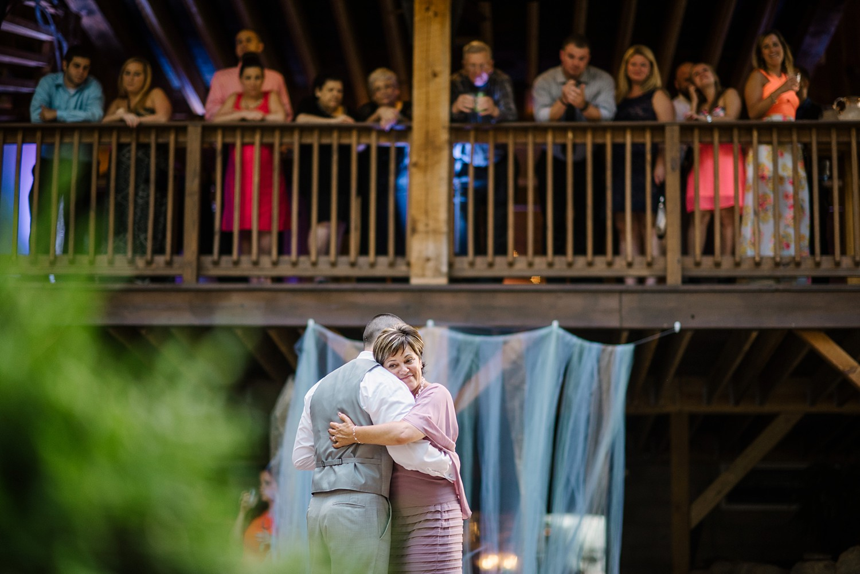 Mohican-Grand-Barn-Wedding_0068.jpg