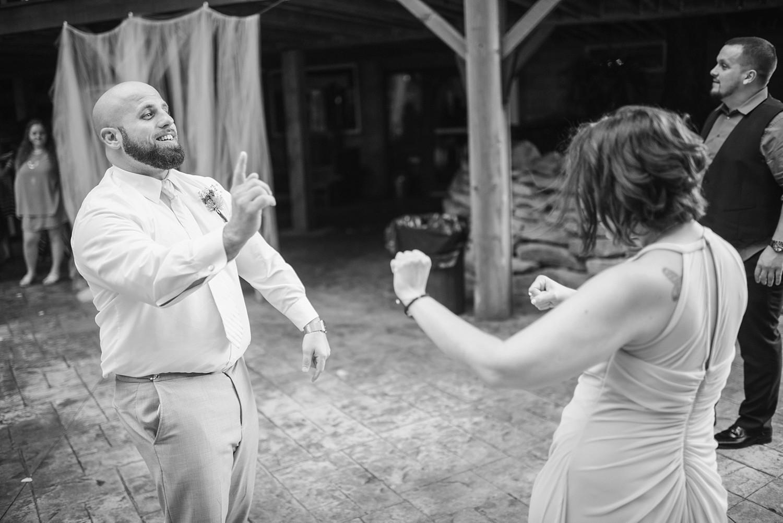 Mohican-Grand-Barn-Wedding_0071.jpg