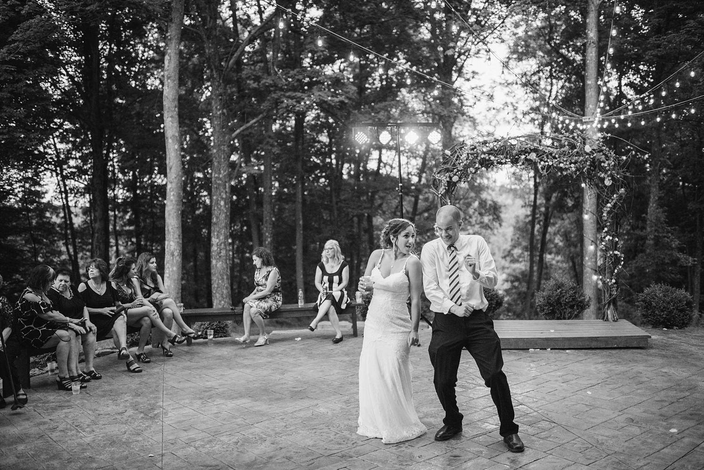 Mohican-Grand-Barn-Wedding_0079.jpg