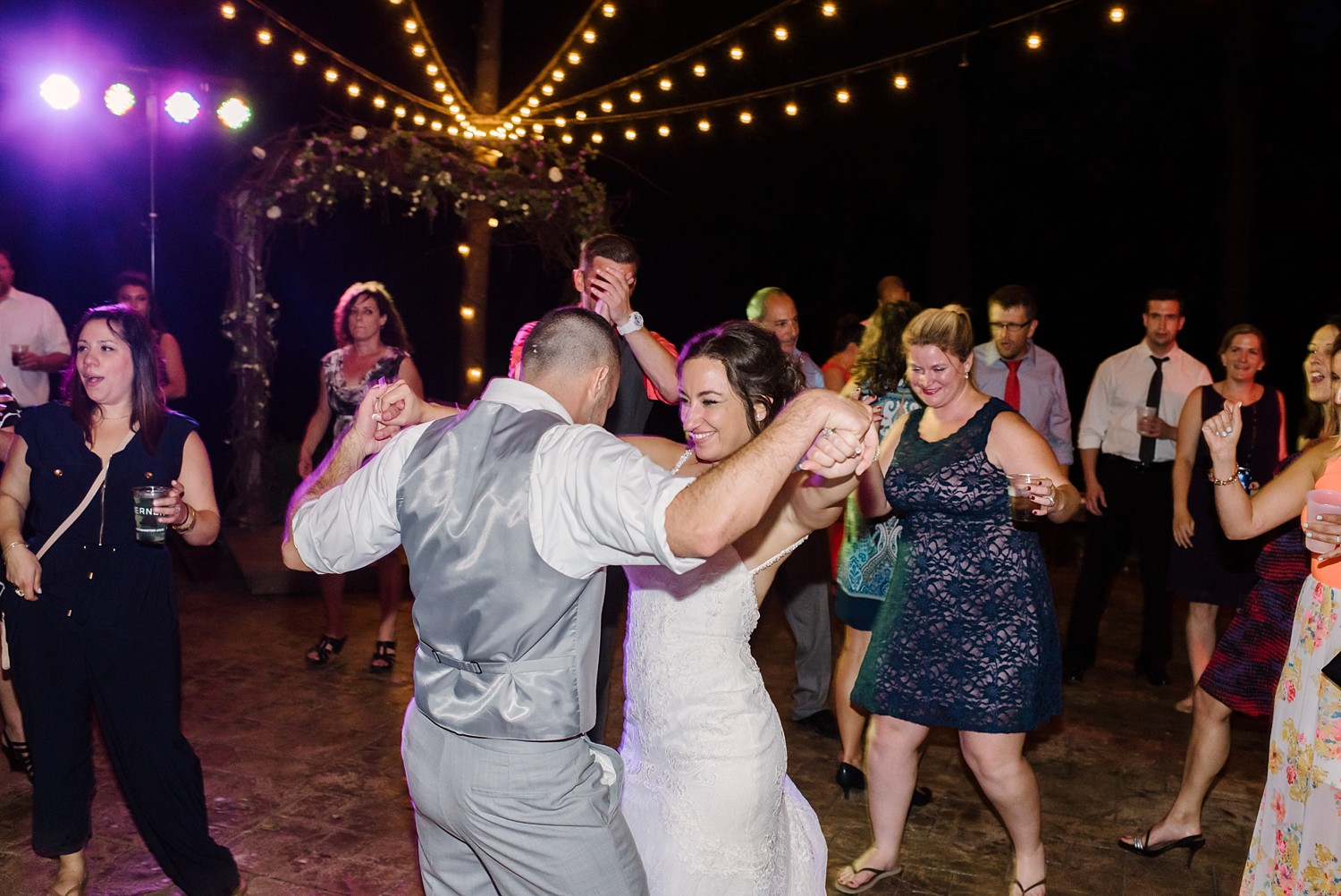 Mohican-Grand-Barn-Wedding_0090.jpg