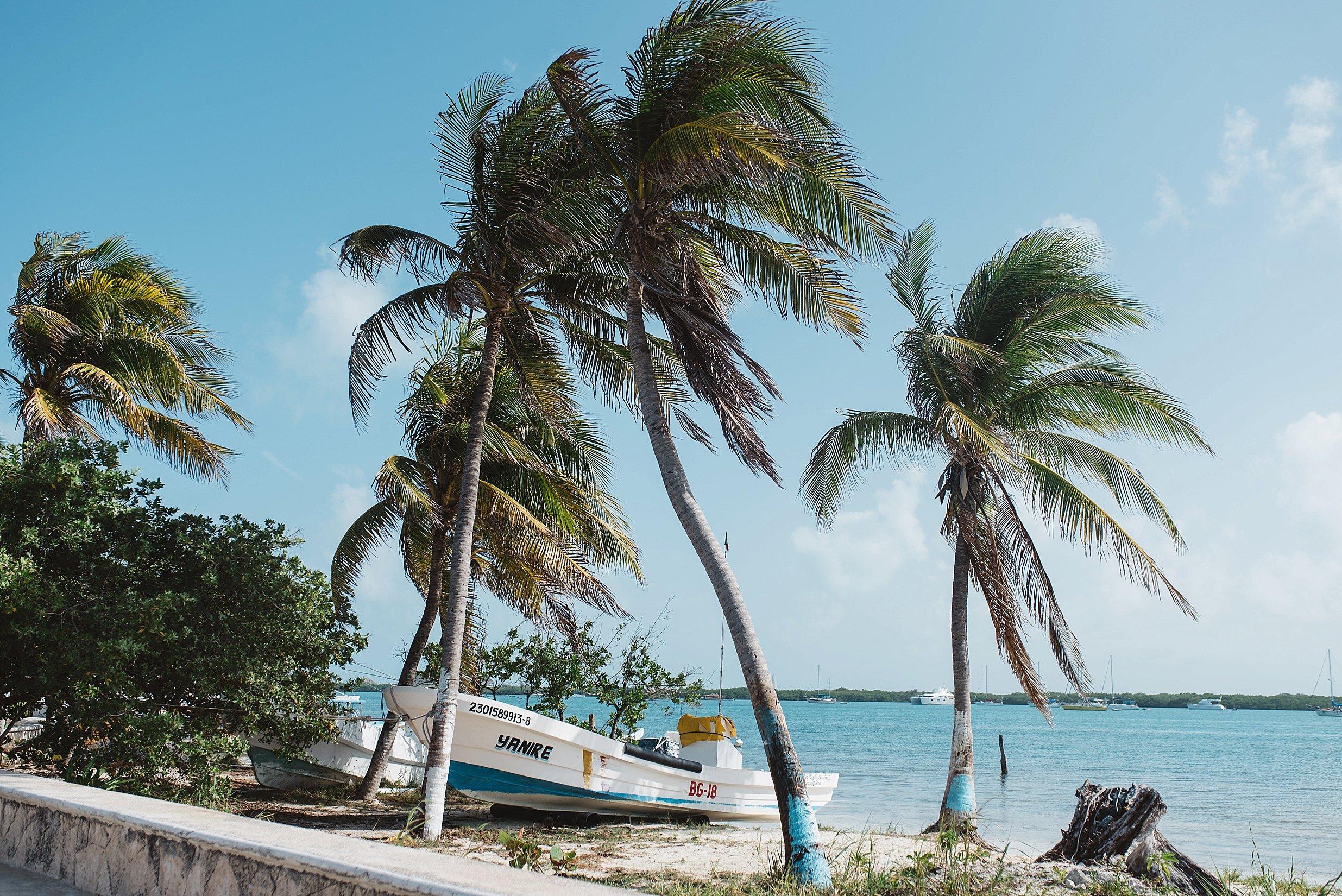 Isla Mujeres Destination Wedding_0010.jpg