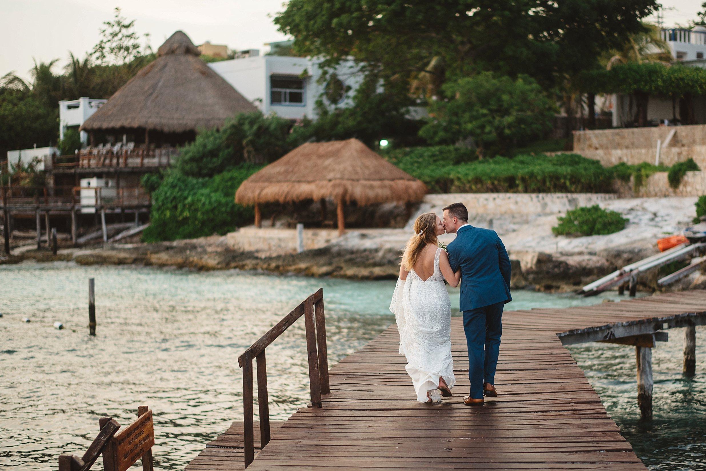 Isla Mujeres Destination Wedding_0114.jpg