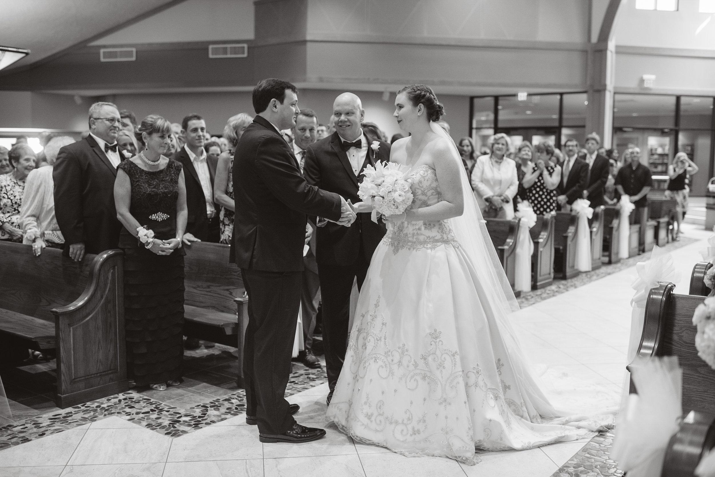 cleveland arcade wedding-0044.jpg