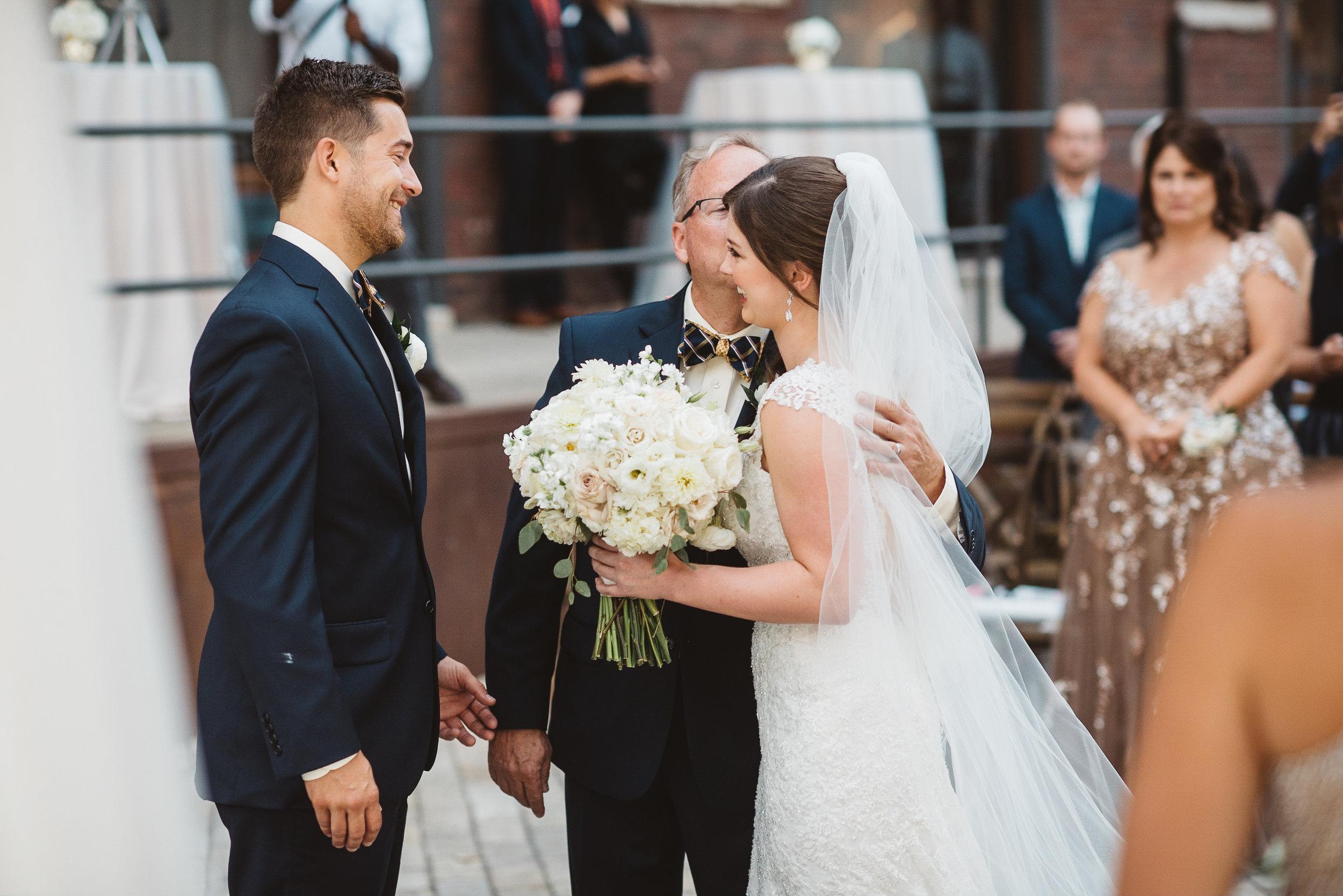 bridgeport art center wedding-0049.jpg