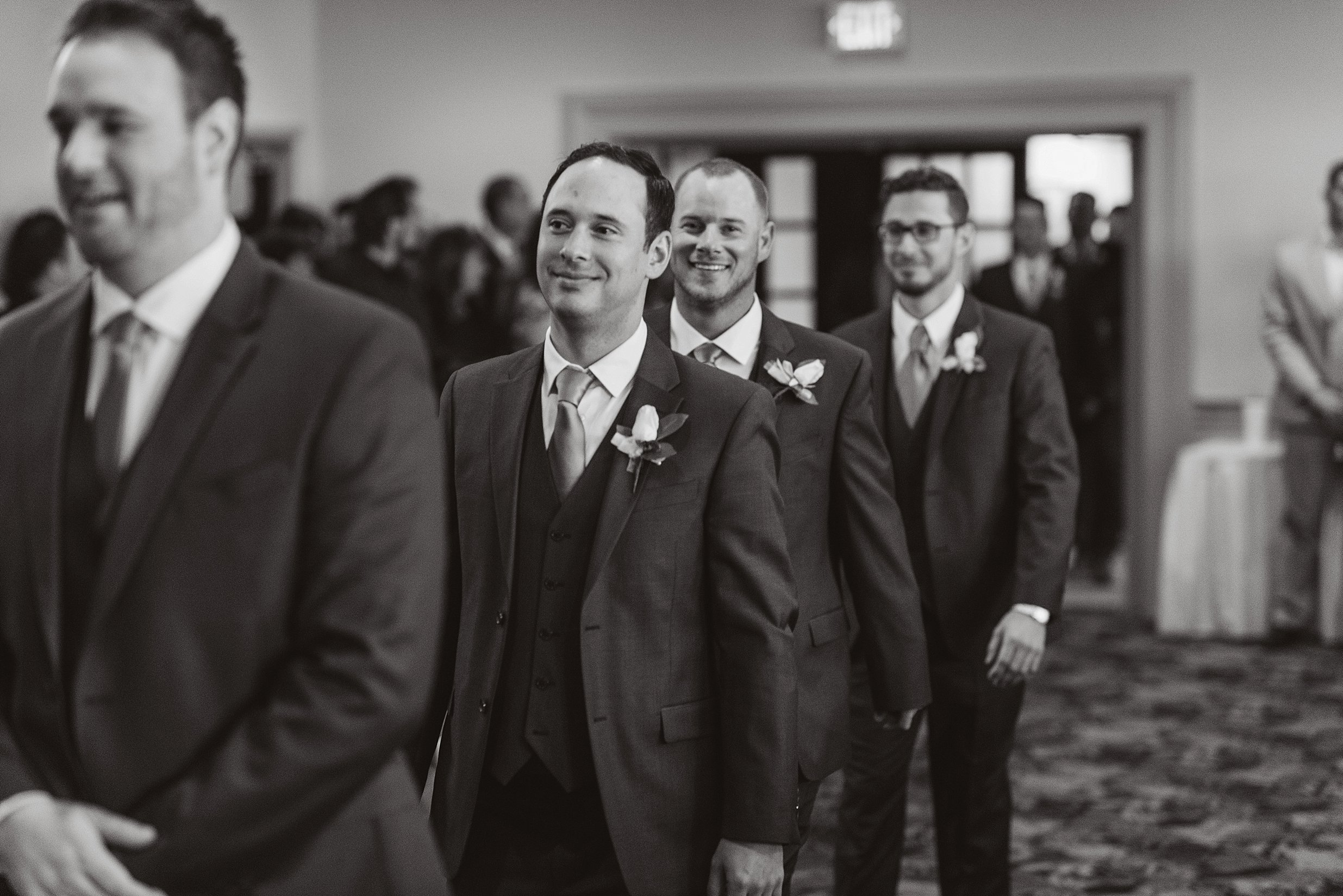 South Hills Country Club Pittsburgh Wedding_0129.jpg