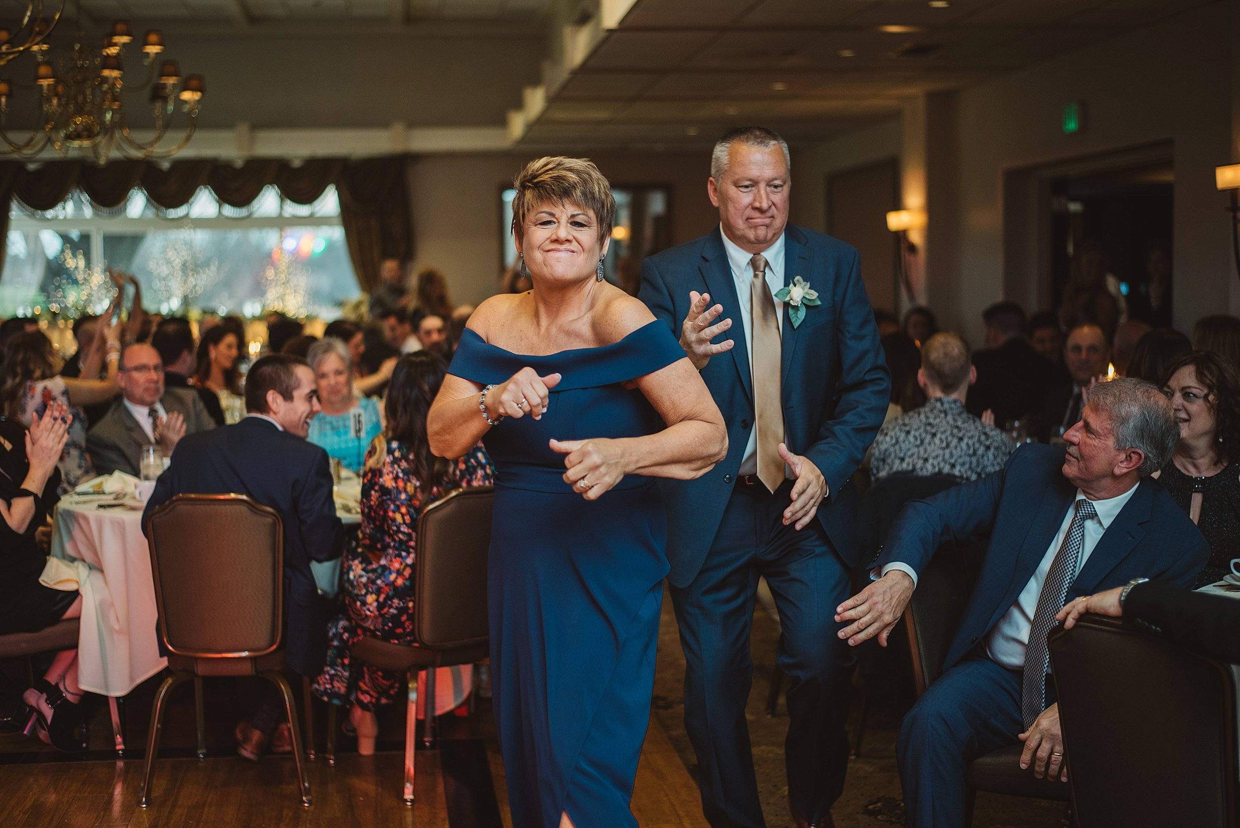 South Hills Country Club Pittsburgh Wedding_0212.jpg