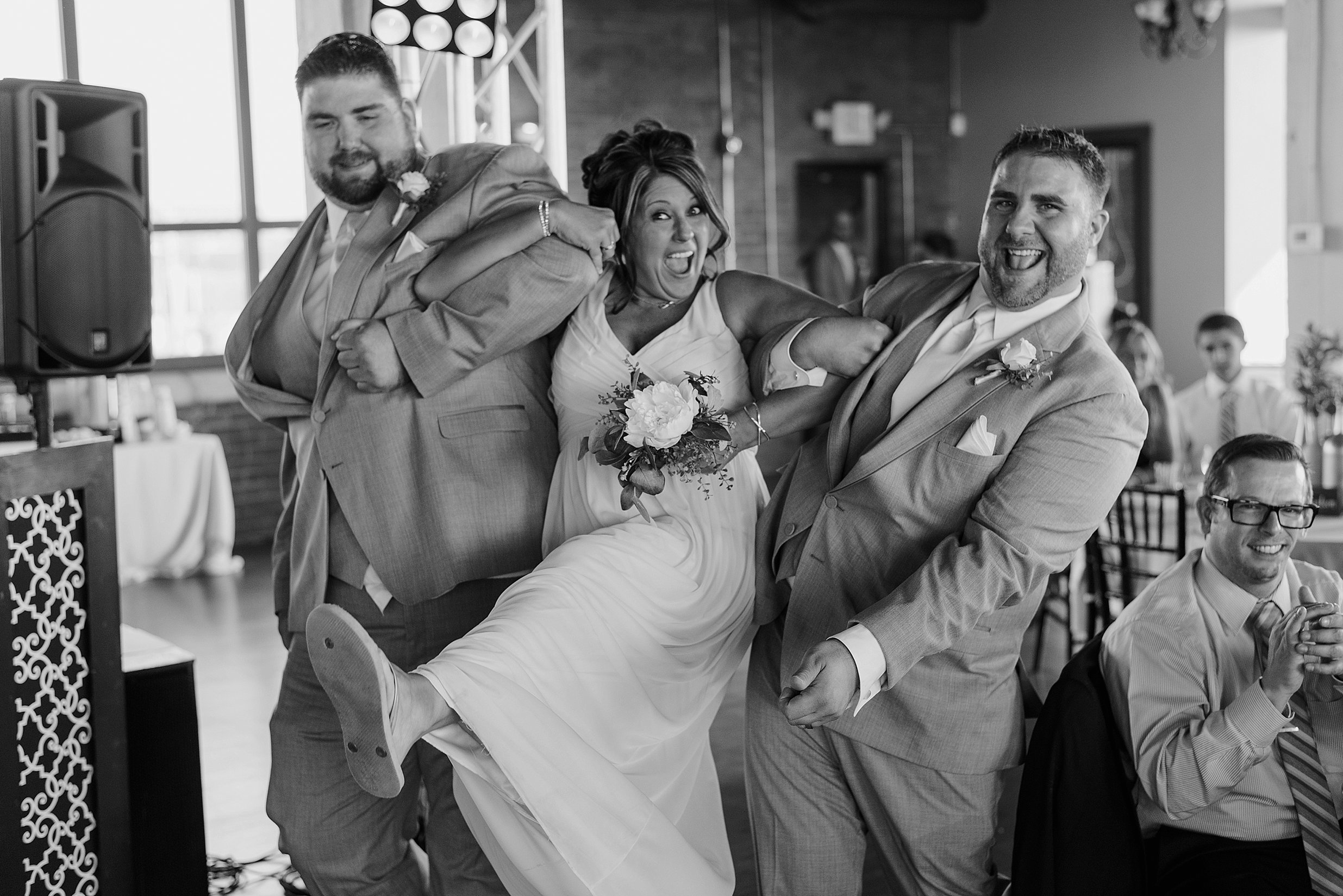 ariel international wedding cleveland_0056.jpg