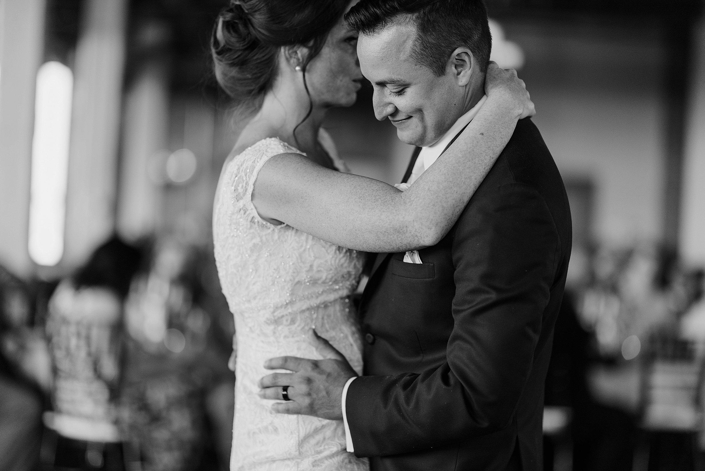 ariel international wedding cleveland_0060.jpg