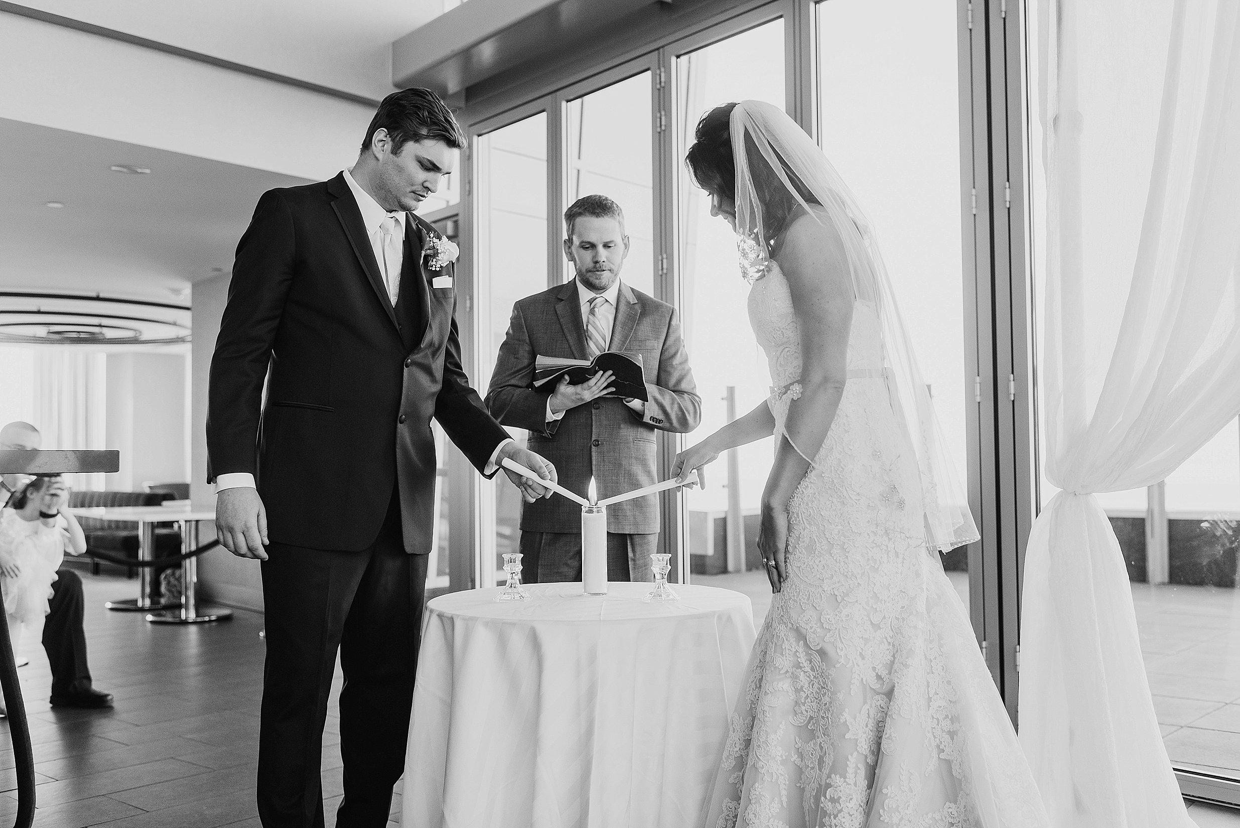 Hilton Downtown Cleveland Wedding0025.jpg