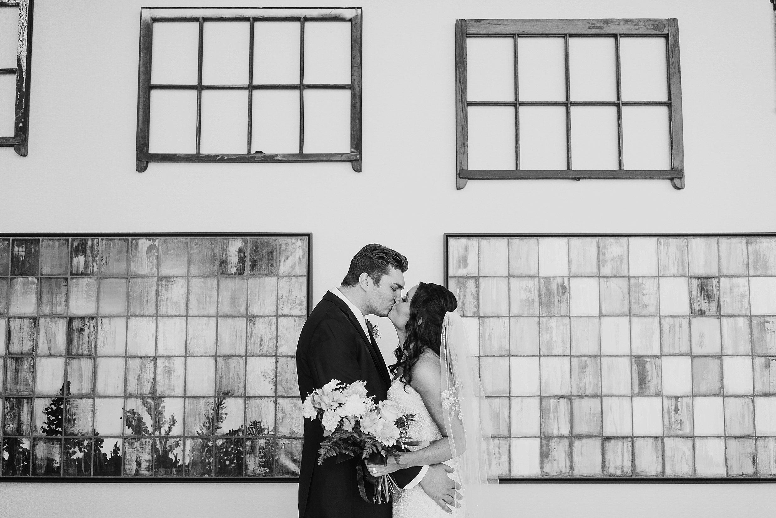 Hilton Downtown Cleveland Wedding0033.jpg