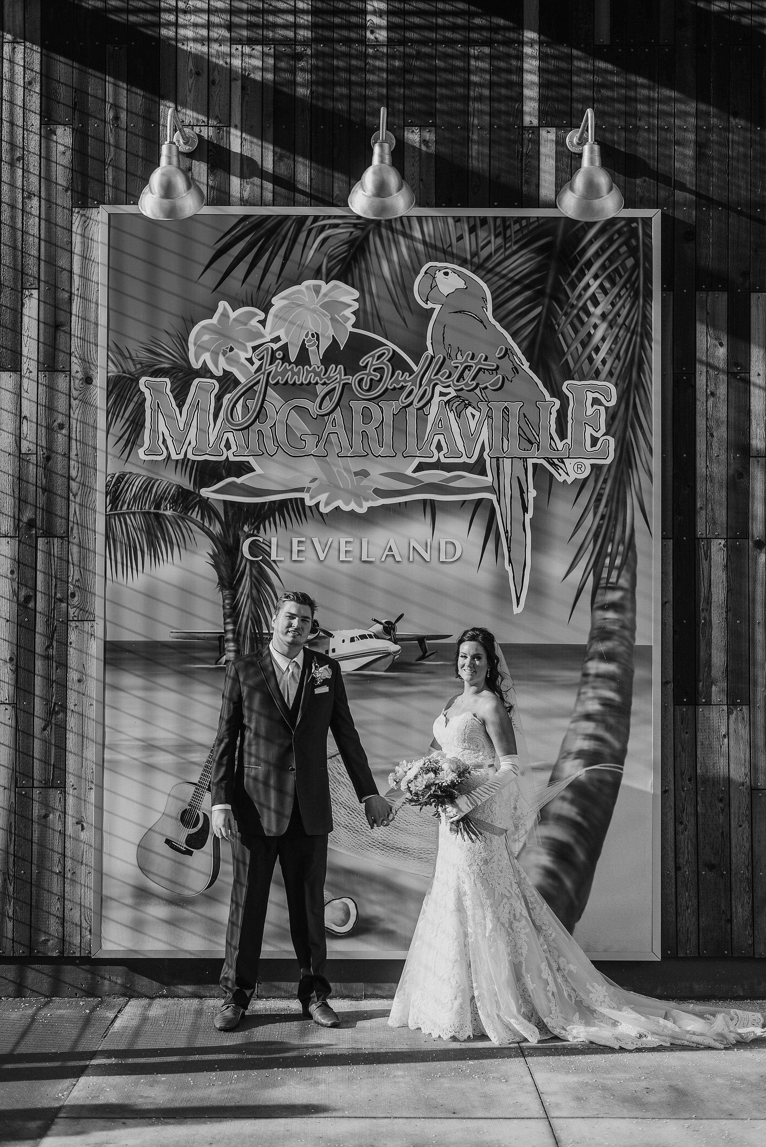 Hilton Downtown Cleveland Wedding0045.jpg